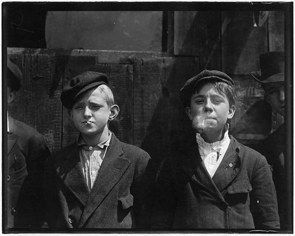 11-00 A.M. Newsies at Skeeter's Branch. They were all smoking. St. Louis, MO. - NARA - 523293.jpg